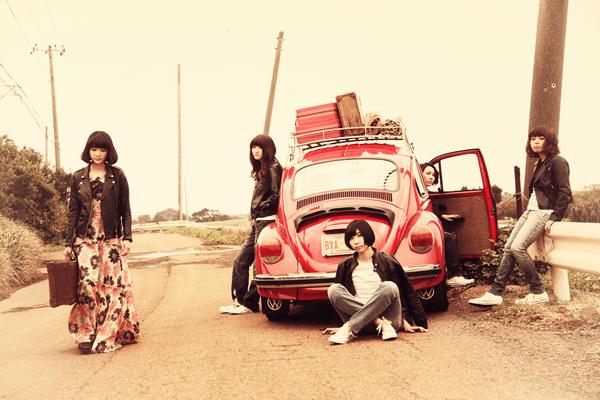 中野ミホの心のドキュメンタリーをバンドで鳴らした、Drop'sのアルバム『DONUT』完成!