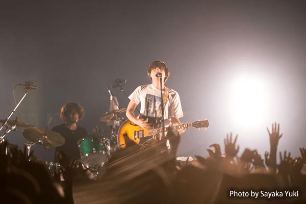 たかが音楽。されど、クリープハイプの音楽を傍らに過ごす人生のなんと豊かな―― 全国ツアー『熱闘世界観』大阪公演をリポート