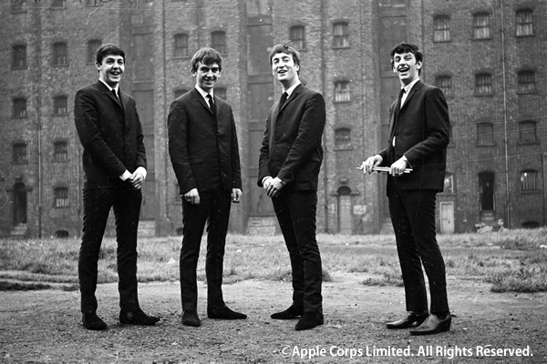 the_beatles_in_liverpool_1