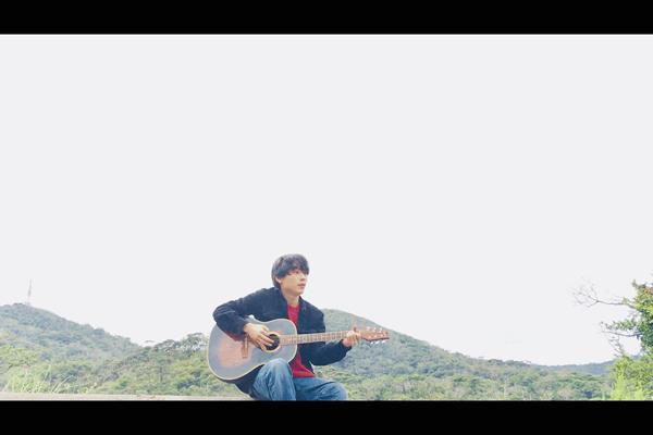 元CITTY BOKKAの藤森翔平が新バンドYOIMACHI THREEを結成 ONE SONGに登場