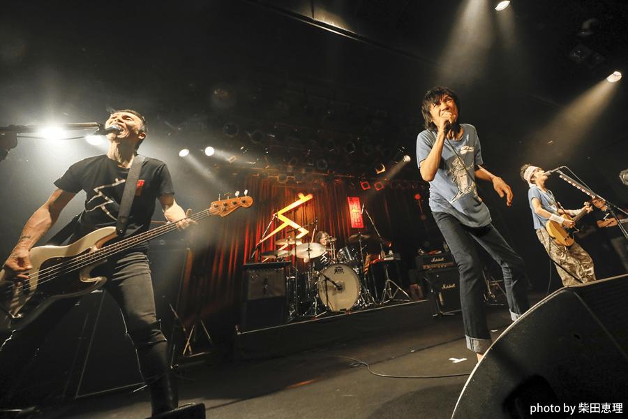 全国ツアー「ザ・クロマニヨンズ ツアー レインボーサンダー 2018-2019」