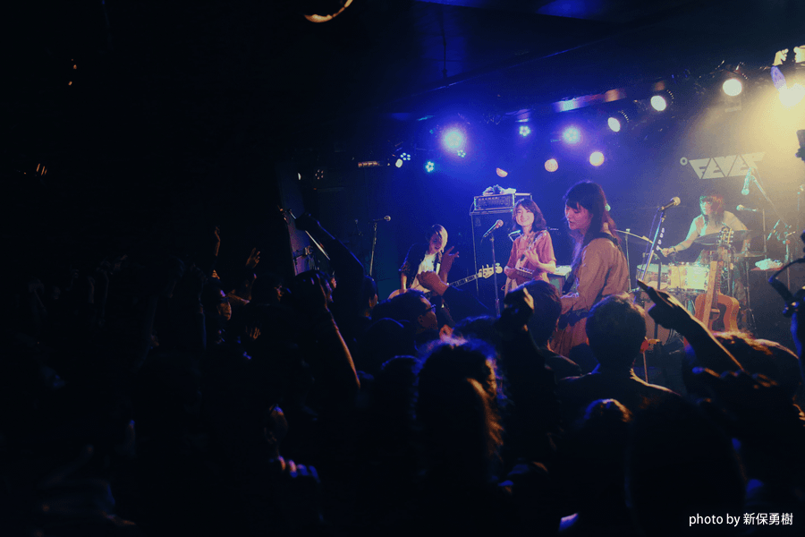 Drop'sが新作『organ』を携えて開催したワンマンライブ、新代田FEVER公演をレポート