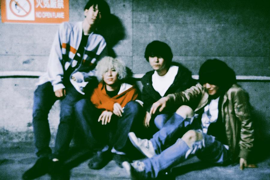 ROKI 1st mini album『HEARTFIELD』