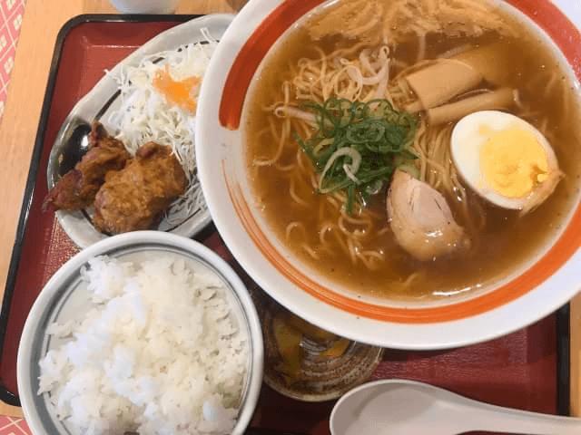 カタヤマヒロキの「食べロック」どこかで食べたラーメン定食